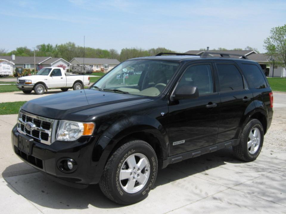 2008 Ford Escape  - Merrills Motors