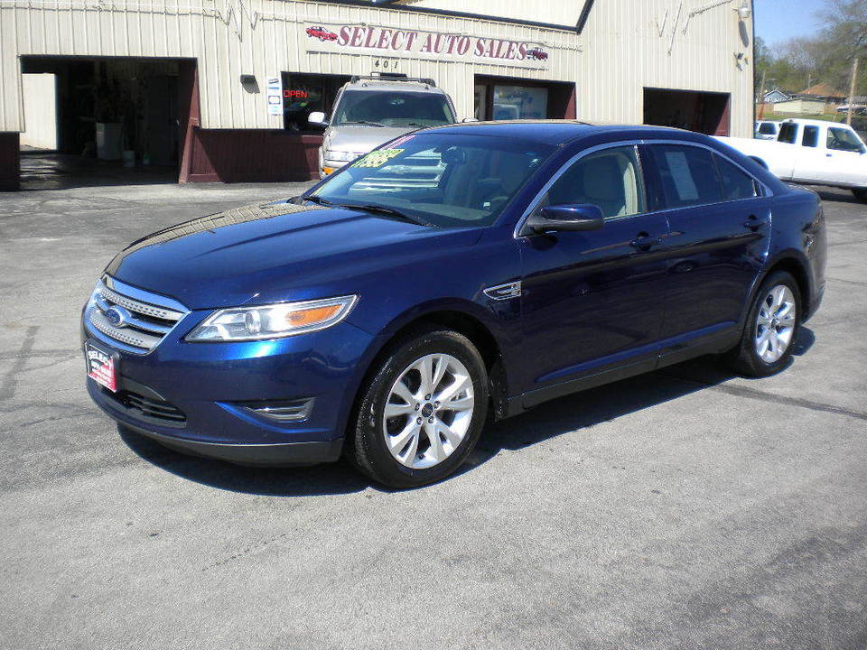 2011 Ford Taurus  - Select Auto Sales