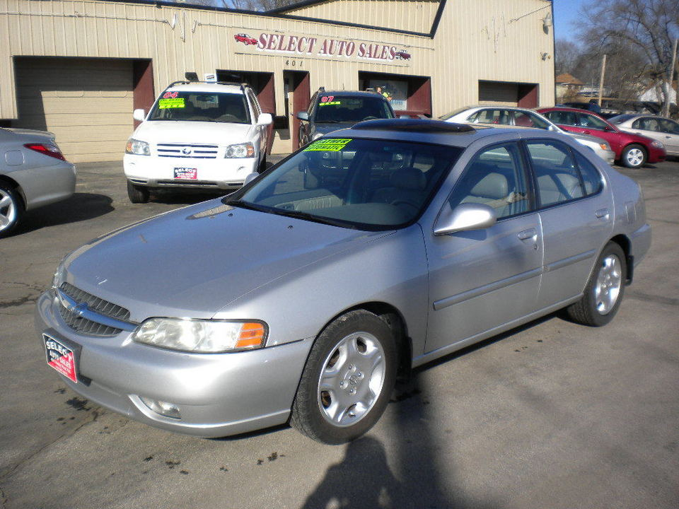 2001 Nissan Altima  - Select Auto Sales