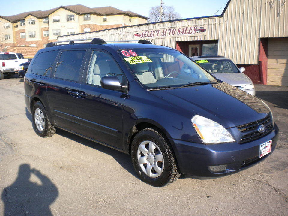 2006 Kia Sedona  - Select Auto Sales