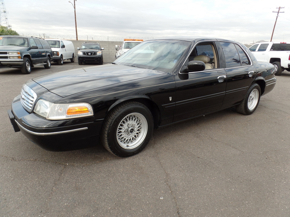 1999 Ford Crown Victoria  - Dynamite Auto Sales