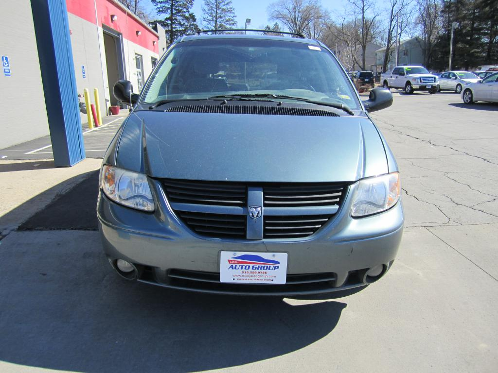 2005 Dodge Grand Caravan  - MCCJ Auto Group