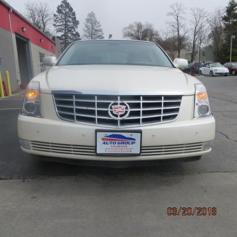 2008 Cadillac DTS w/1S
