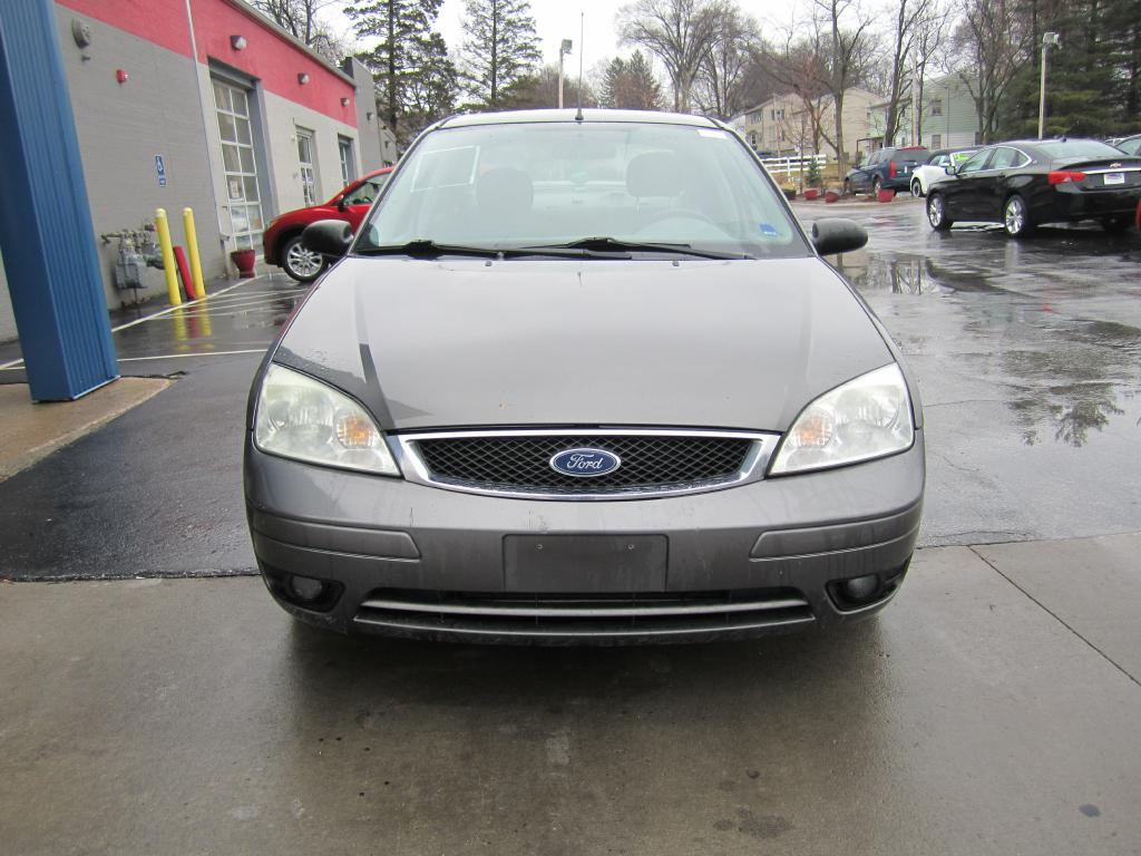 2005 Ford Focus  - MCCJ Auto Group