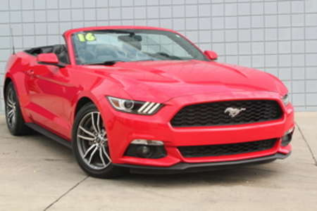 2016 Ford Mustang Premium Convertible for Sale  - 14662  - C & S Car Company
