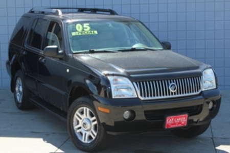 2005 Mercury Mountaineer Premier AWD for Sale  - 14670  - C & S Car Company