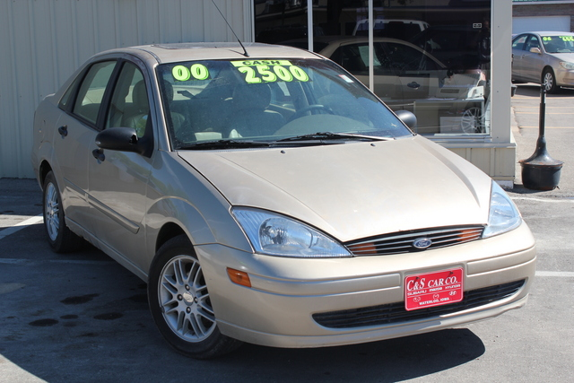 2000 Ford Focus  - C & S Car Company