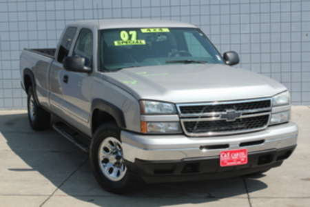 2007 Chevrolet Silverado 1500 LT Ext Cab 4WD for Sale  - 14671  - C & S Car Company