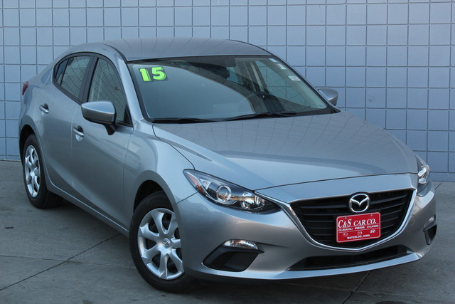 2015 mazda mazda3 i sport stock ma2692a waterloo ia. Black Bedroom Furniture Sets. Home Design Ideas