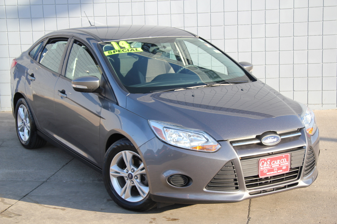 2014 ford focus se stock ma3039a waterloo ia. Black Bedroom Furniture Sets. Home Design Ideas