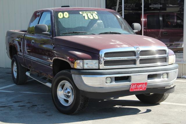 2000 Dodge Ram 1500  - C & S Car Company