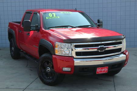 2007 Chevrolet Silverado 1500 LT Crew Cab 4WD for Sale  - 14743  - C & S Car Company