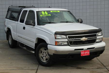 2006 Chevrolet Silverado 1500 LS Ext Cab 4WD for Sale  - SB6079B  - C & S Car Company