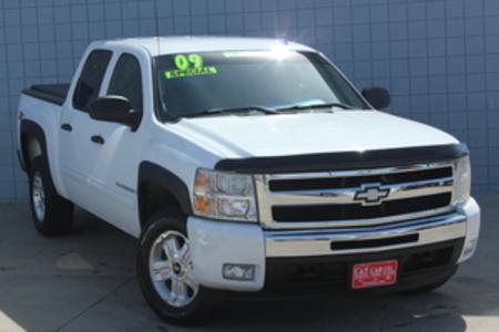 2009 Chevrolet Silverado 1500 LT Crew Cab 4WD for Sale  - 14531  - C & S Car Company