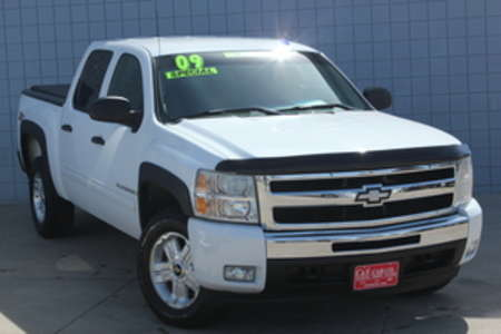 2009 Chevrolet Silverado 1500 LT Crew Cab 4WD for Sale  - 14531  - C & S Car Company