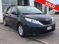 2011 Toyota Sienna LE 7