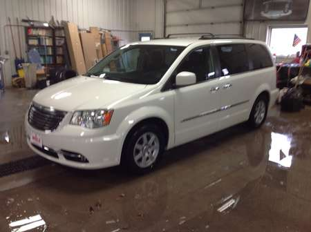2011 Chrysler Town & Country Touring for Sale  - 607580  - Wiele Chevrolet, Inc.