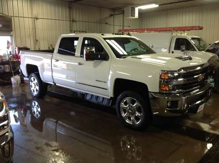2018 Chevrolet Silverado 2500HD LTZ for Sale  - 238826  - Wiele Chevrolet, Inc.