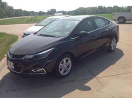 2017 Chevrolet Cruze LT for Sale  - 112247  - Wiele Chevrolet, Inc.