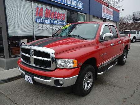 2005 Dodge Ram 1500 ST 4WD Quad Cab for Sale  - 10248  - IA Motors