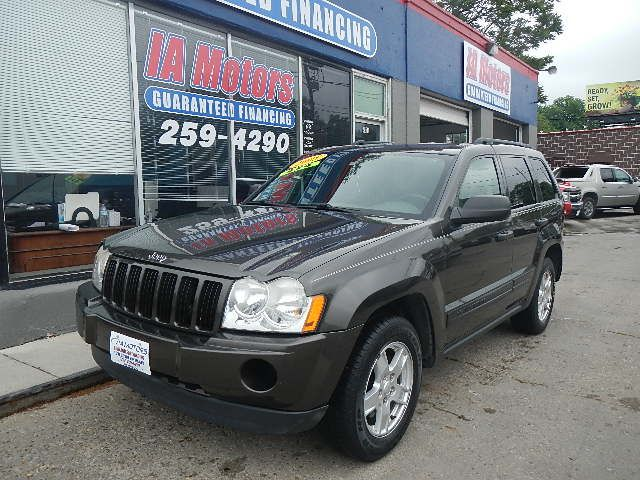2005 Jeep Grand Cherokee  - IA Motors