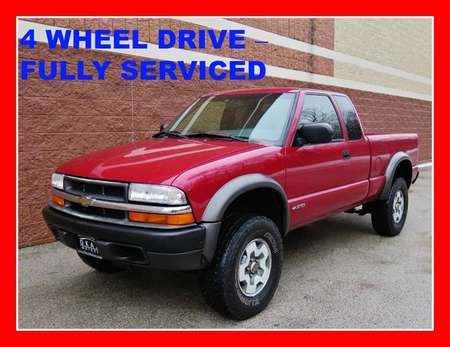 2001 Chevrolet S10 LS w/ZR2 4WD Extended Cab for Sale  - P555  - Okaz Motors