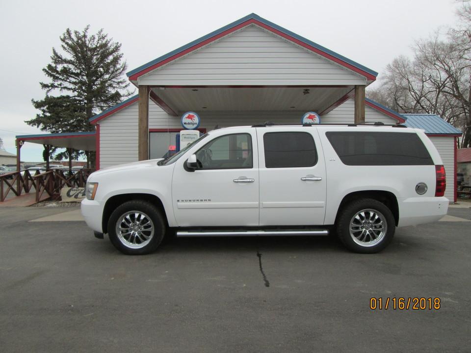 2007 Chevrolet Suburban  - Country Auto