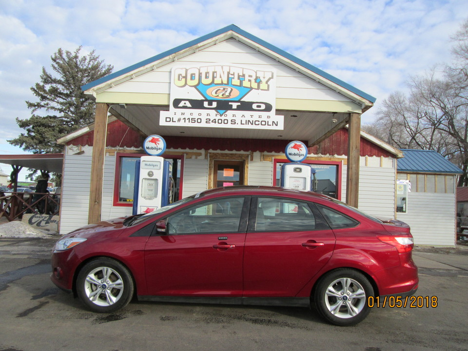 2014 Ford Focus  - Country Auto