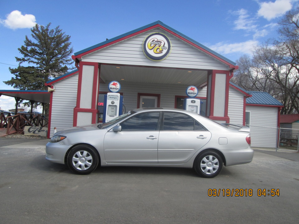 2006 Toyota Camry  - Country Auto