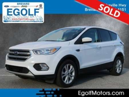 2017 Ford Escape SE for Sale  - 10742  - Egolf Motors