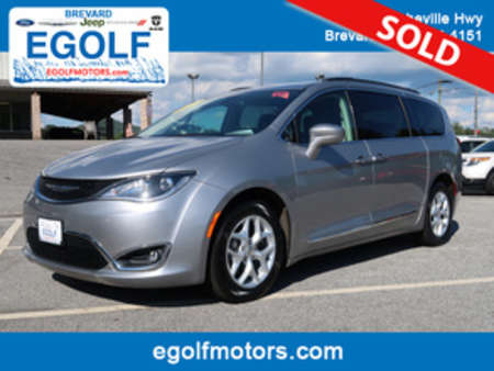 2017 Chrysler Pacifica Touring-L for Sale  - 82267  - Egolf Motors