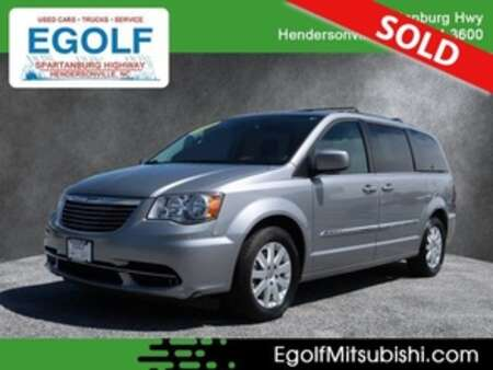 2016 Chrysler Town & Country Touring for Sale  - 7683  - Egolf Motors