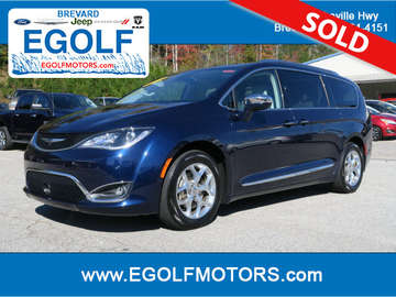 2017 Chrysler Pacifica Limi