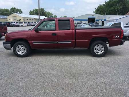 2004 Chevrolet Silverado 1500 4WD Extended Cab for Sale  - 17034B  - Keast Motors