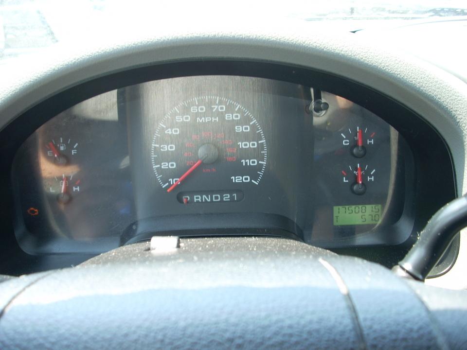 2005 Ford F-150  - Moss Motors