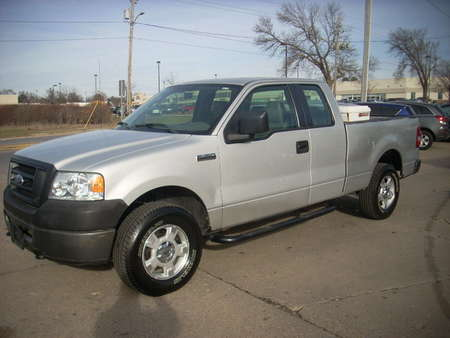 2006 Ford F-150 SXT EXT Cab  4X4 for Sale  - na80464  - Moss Motors