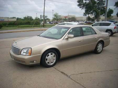 2005 Cadillac DeVille Leather for Sale  - 264772  - Moss Motors
