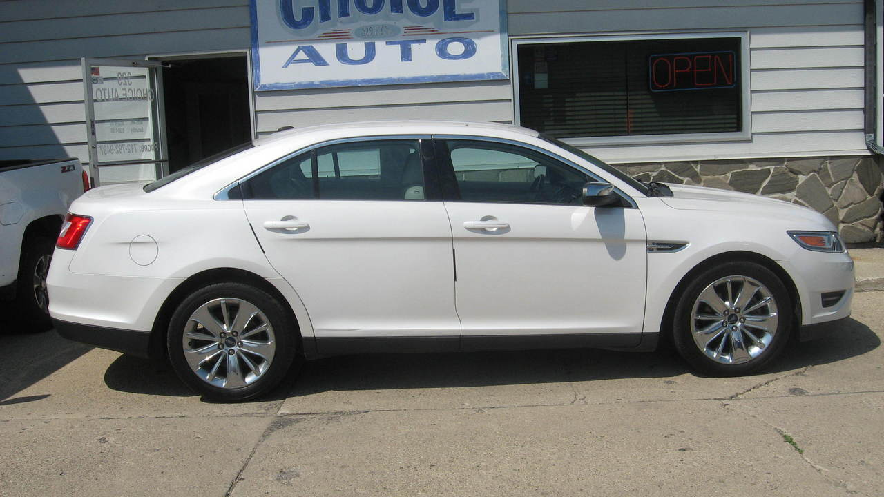 2010 Ford Taurus  - Choice Auto