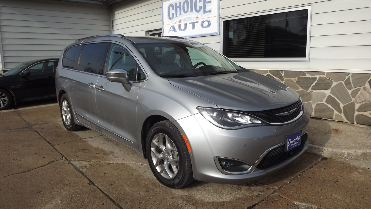 2017 Chrysler Pacifica  - Choice Auto