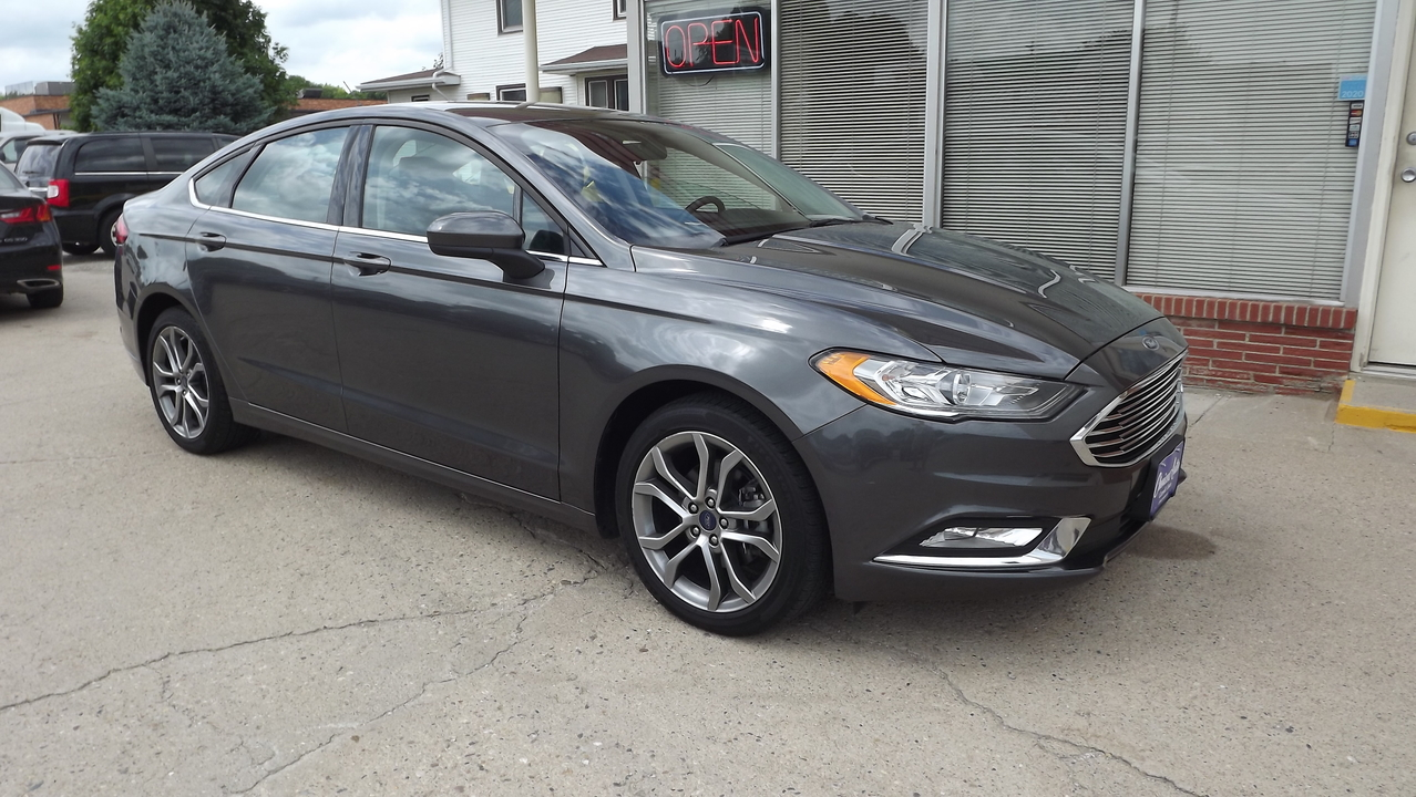 2017 Ford Fusion SE  - 161130  - Choice Auto
