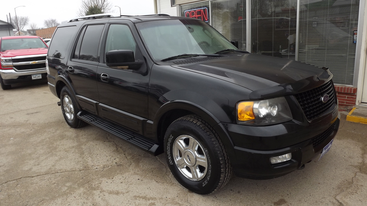 2005 Ford Expedition Limited  - 161031  - Choice Auto