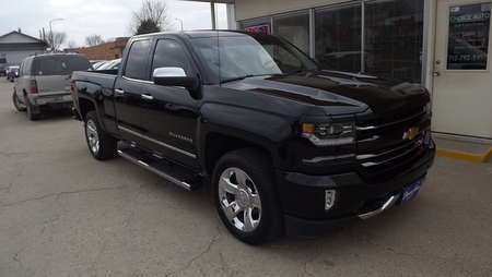 2017 Chevrolet Silverado 1500 LTZ for Sale  - 161043  - Choice Auto