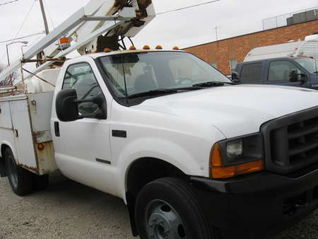 2001 Ford Super Duty F-450 XL for Sale  - 160564  - Choice Auto