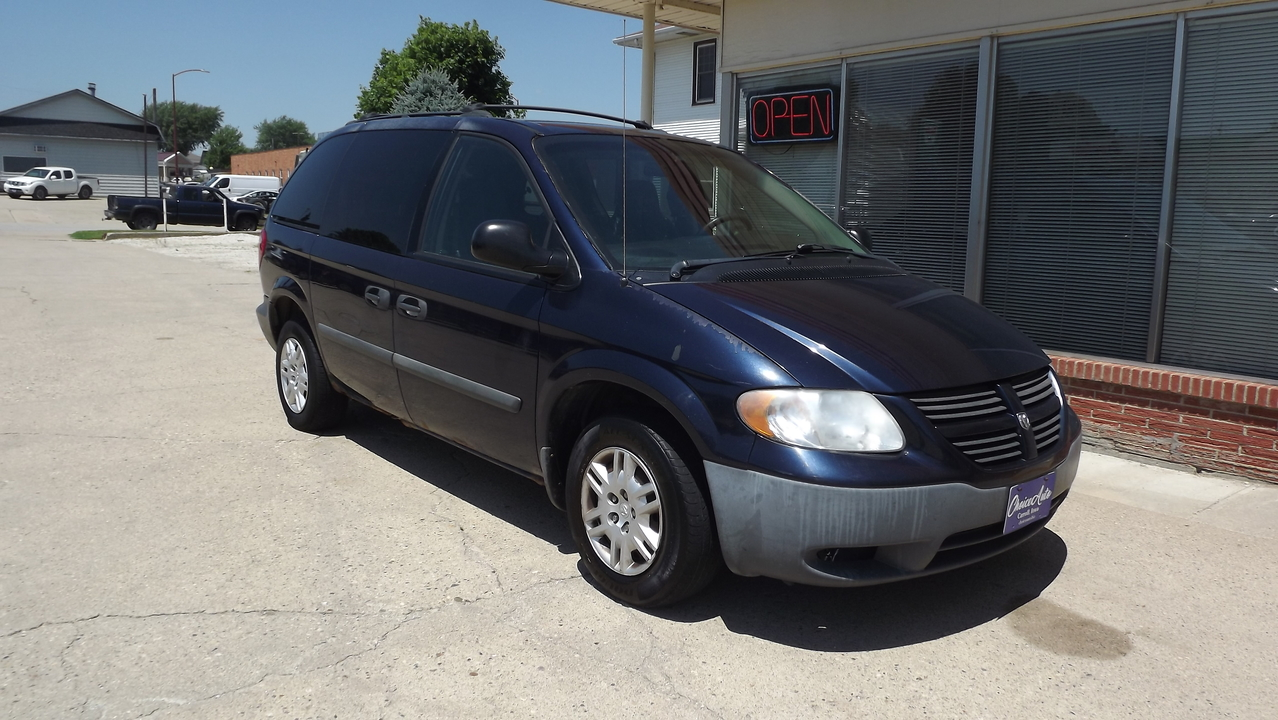 2005 Dodge Caravan  - Choice Auto
