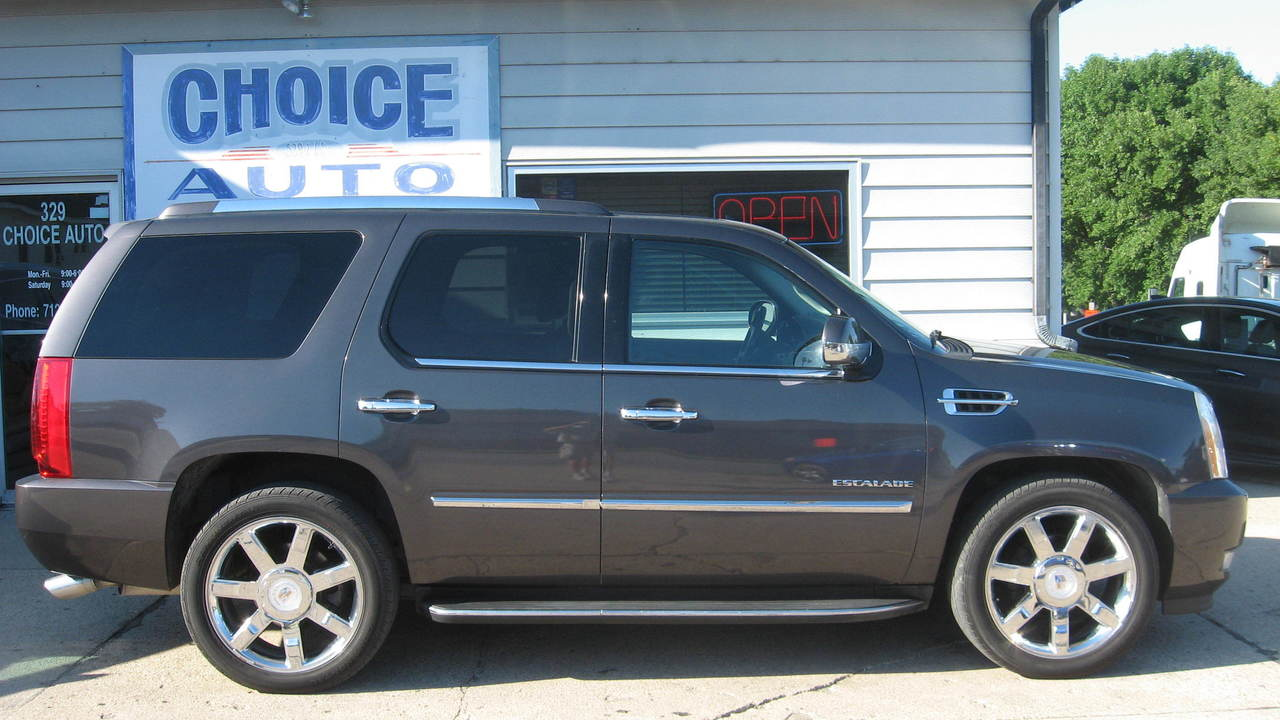 2010 Cadillac Escalade  - Choice Auto