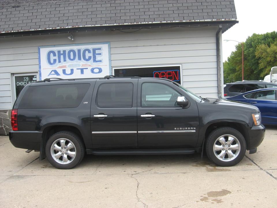 2011 Chevrolet Suburban  - Choice Auto