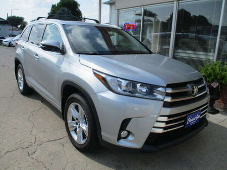 2017 Toyota Highlander Limited for Sale  - 161621  - Choice Auto