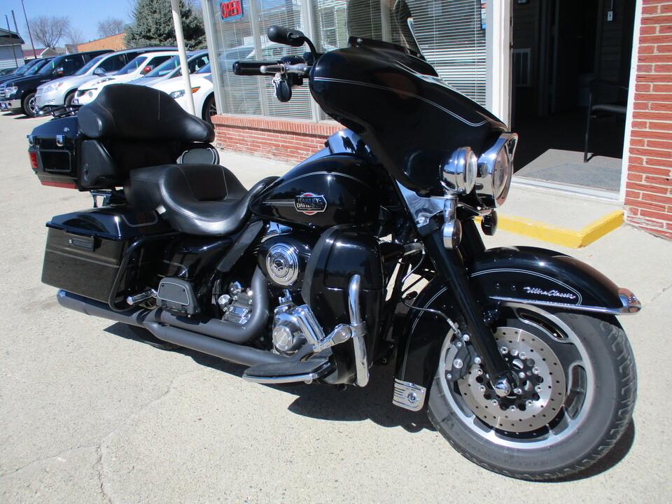 2008 Harley-Davidson FLHTCU Electra Glide Ultra Classic  - 1HD1FC4198Y626486  - Choice Auto