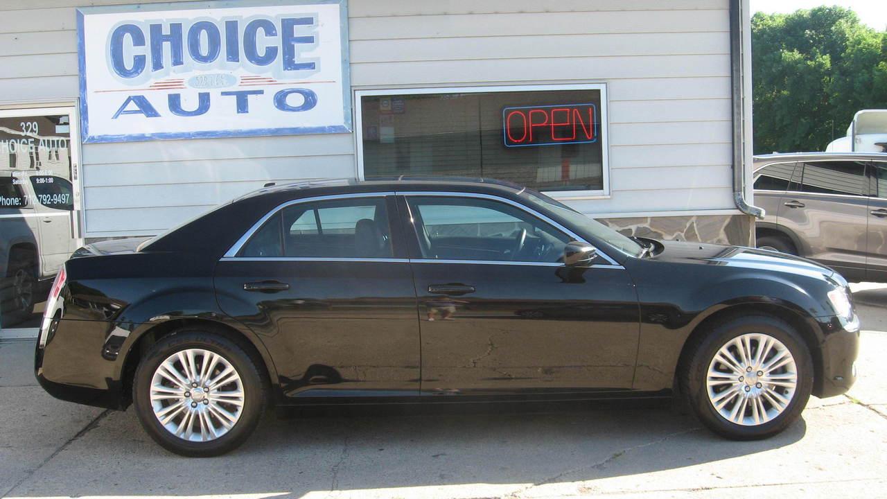 2013 Chrysler 300  - Choice Auto