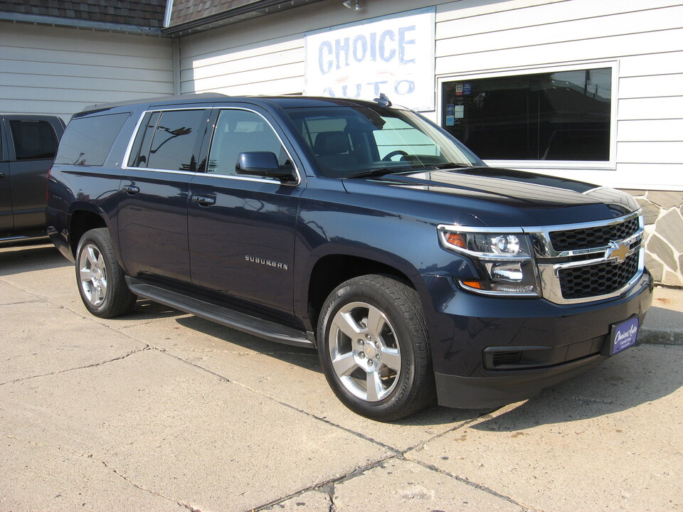 2017 Chevrolet Suburban  - Choice Auto